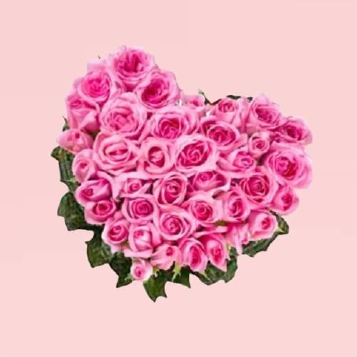 Beautiful Pink Roses Heart Shape Bouquet