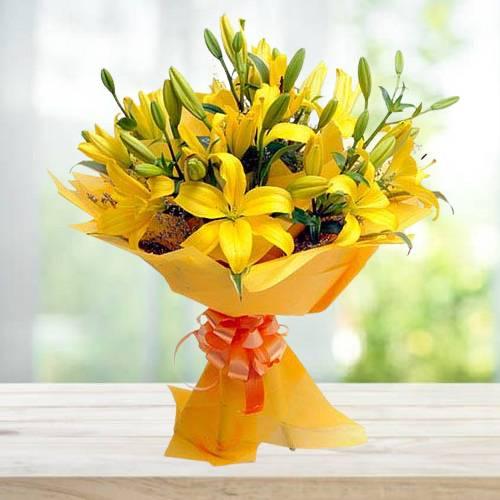 Stunning Yellow Lilies Flower Bouquet