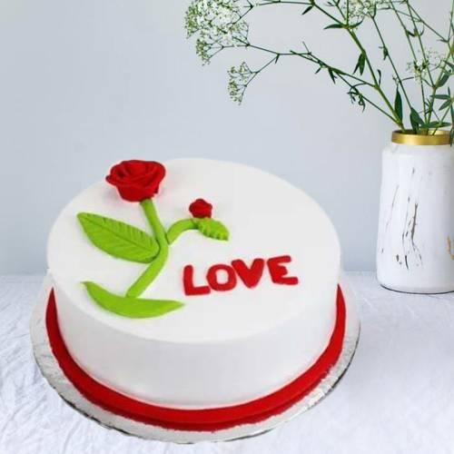 Delicious Vanilla Rose Love Cake
