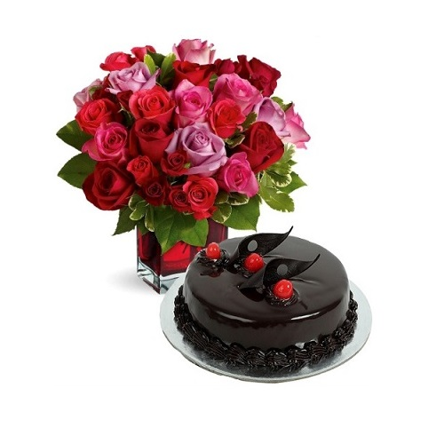 love off Rose and Chocolate Cake